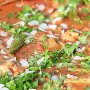 Chicken, Shrimp and Okra Butter Curry