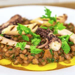 OCTOPUS WITH BEANS