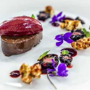CHOCOLATE DELICE WITH BLACKBERRY POPCORN