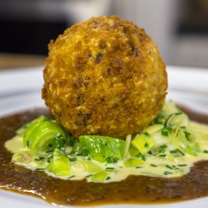 PORK BALLS WITH BUTTERED LEEKS AND MUSTARD SAUCE